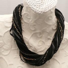 collier-fantaisie-ras-de-cou-45-cm-multi-liens-noir-bijou-createur-ref-00938