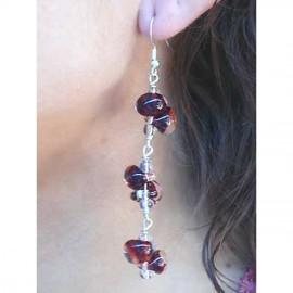 boucles-d-oreilles-fantaisie-longue-rouge-bijou-createur-perigrine-ref-01179