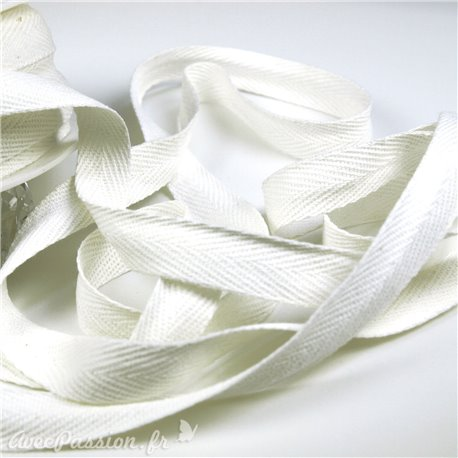 Ruban lacet blanc 15mm