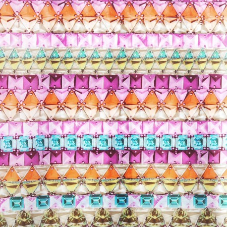 Feuilles décopatch motifs lignes de cristaux multicolores