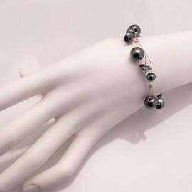 Bracelet fantaisie gris hématite sur cable -