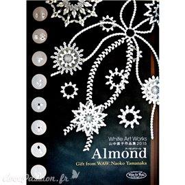 Livre Pergamano Parchment Almond Naoko Yamanaka