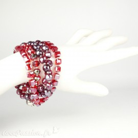 Bracelet Cheny's multi-rangs perles rouges irrisées
