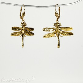 Boucles d'oreilles doré Lotta Djossou oreilles percées libellules