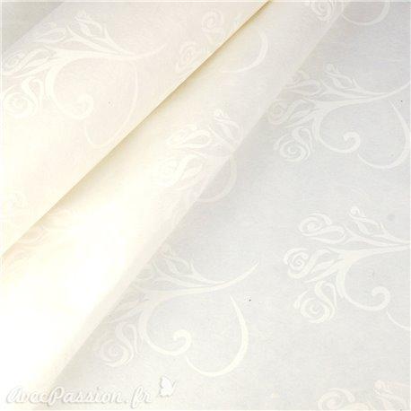 Papier intissé coeur blanc