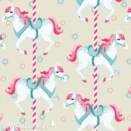 Papier italien motifs chevaux de bois 50x70