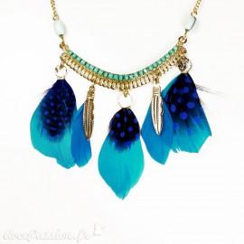 Collier Hippie Chic plume bleu Charlotte & Alexandre