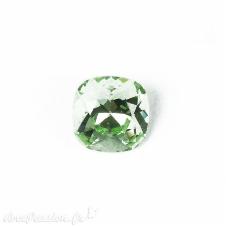 Cabochon Swarovski carré couleur vert péridot