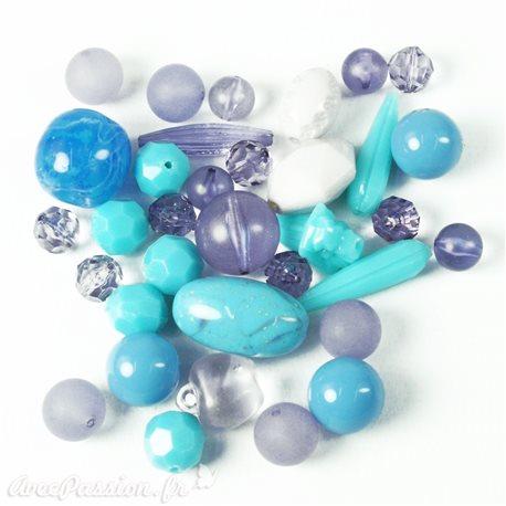 Assortiment de perles nuances bleu formes différentes