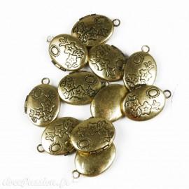 Apprêt médaillon ovale doré
