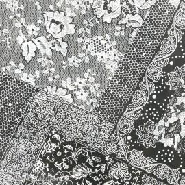Feuilles décopatch motifs dentelle noire et blanche