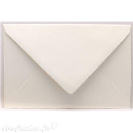 Enveloppes rectangle ivoire 11x15.6cm qu50