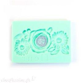 Moule décoratif IOD Iron Orchid Designs en silicone flexible fleur petite