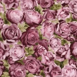Feuilles décopatch sur fond de roses roses