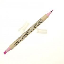 Feutre Zig calligraphie pointes biseautées rose candy