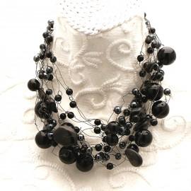 collier-fantaisie-ras-de-cou-collier-perles-noires-s30-bijou-createur-manouk-ref-00175