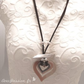 collier-fantaisie-adora-lien-velours-marron-reglable-3-coeur-bijou-createur-llzadora-ref-001
