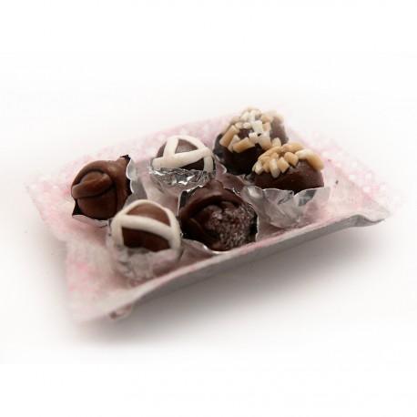 Miniature vitrine plateau chocolats 2x3cm