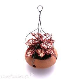 Miniature vitrine plante rouge suspendue 3x3.5cm