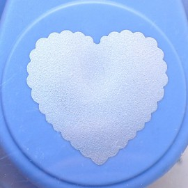 Perforatrice coeur festonné 2.5cm