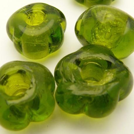 Perle fantaisie petite fleur olive 20mm