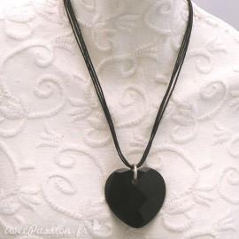 Collier fantaisie coeur noir onyx lien noir 4 rangs