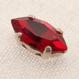 Perle strass swarovski navette rouge 5x10mm