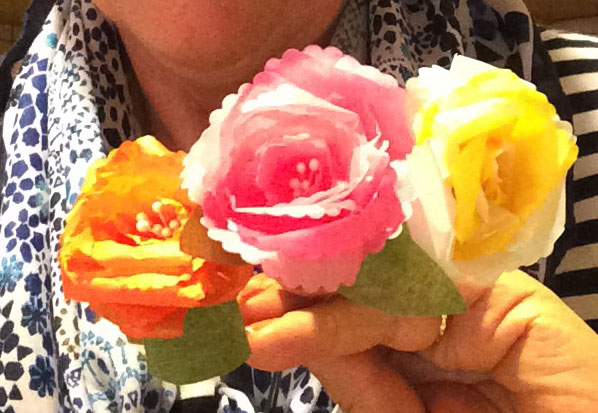 fleurs en papier de soie